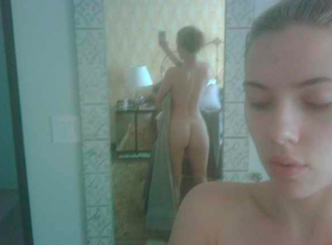 Scarlett Johansson Nude Photo