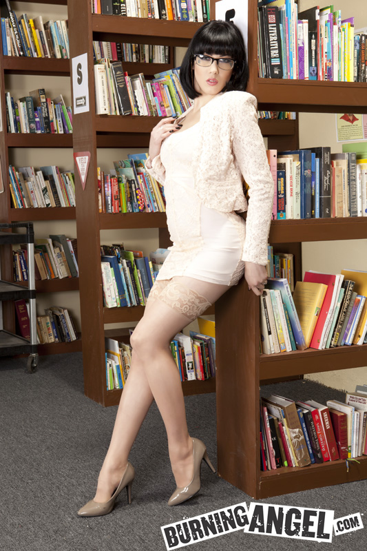 Asphyxia Noir is a sexy librarian.